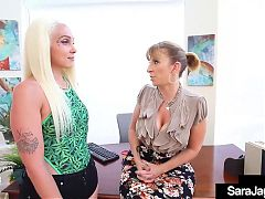 Curvaceous Girly Combo! Alexis Andrews Makes Sara Jay Cum!
